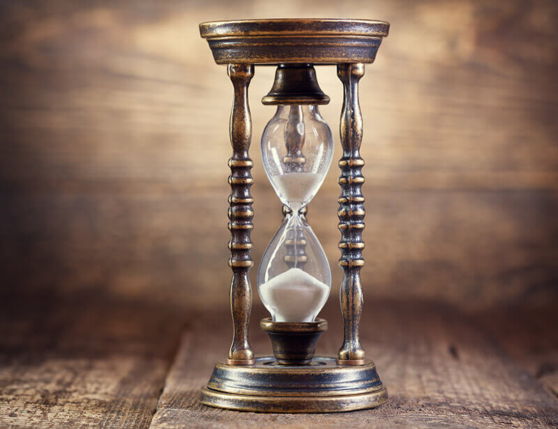 bigstock-Old-Hourglass-96634295 (1)